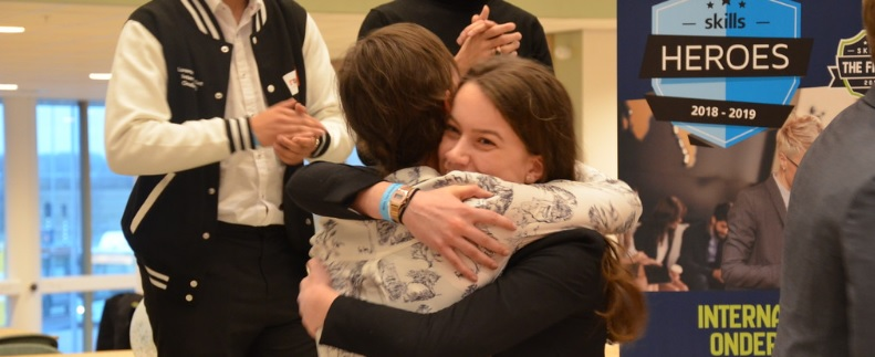 Onderwijscommissie Tweede Kamer feliciteert finalisten